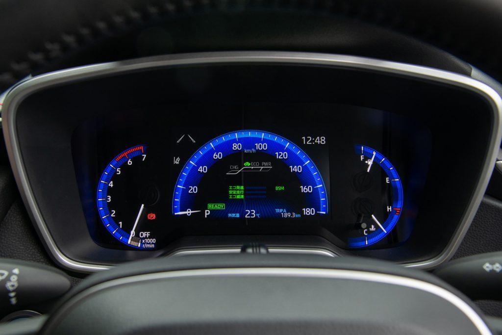 カローラスポーツ GZ スピードメータ類の液晶ディスプレイ化